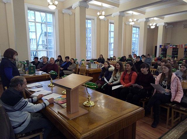 зустріч з  поетом, прозаїком, драматургом, марафонцем Володимиром Павловичем Гільчуком